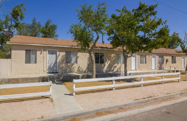 2618 Desert Street - 2618 Desert Street, Rosamond, CA 93560