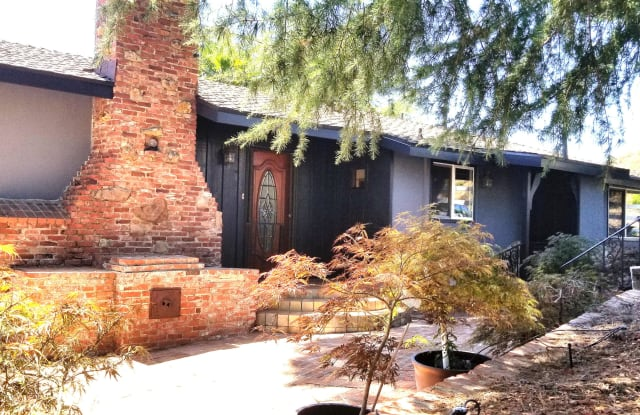 268 Lake Sherwood Drive - 268 Lake Sherwood Drive, Lake Sherwood, CA 91361