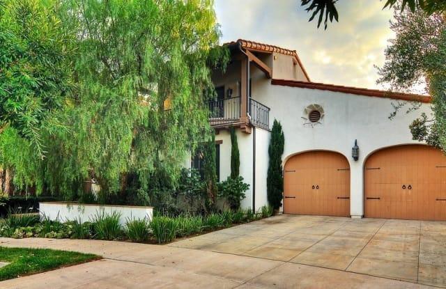 10 Wayside - 10 Wayside, Newport Beach, CA 92657