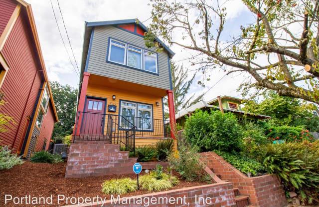 4131 N Albina Ave - 4131 North Albina Avenue, Portland, OR 97217