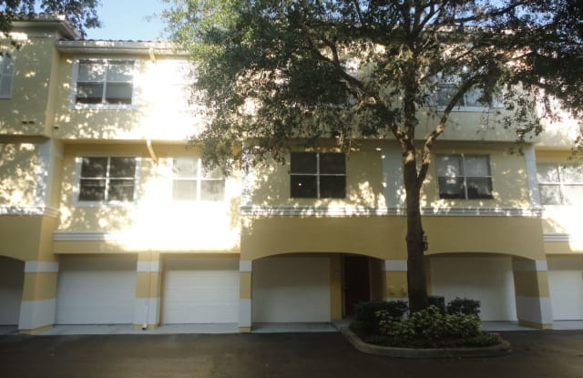 2041 Legacy Palms Drive - 2041 Legacy Club Drive, Maitland, FL 32751