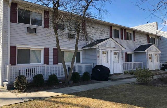 10 Smithtown Blvd - 10 Smithtown Blvd, Nesconset, NY 11787