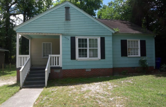 1902 E 4th Street - 1902 East 4th Street, Greenville, NC 27858