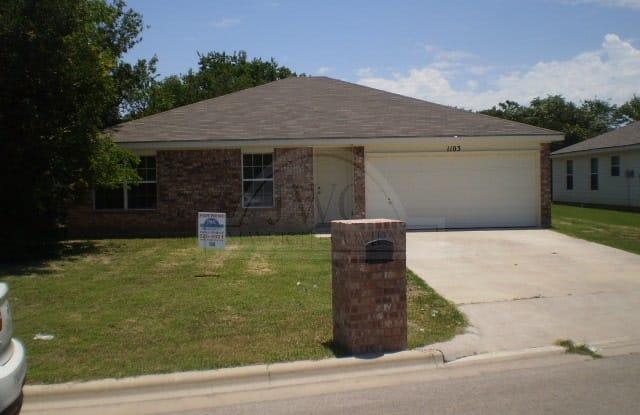 1103 Muelhause - 1103 Muelhause St, Belton, TX 76513