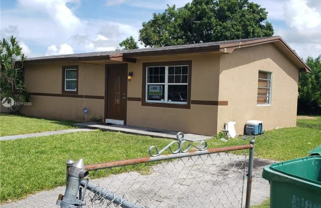 15002 SW 300th Ter - 15002 Southwest 300th Terrace, Leisure City, FL 33033