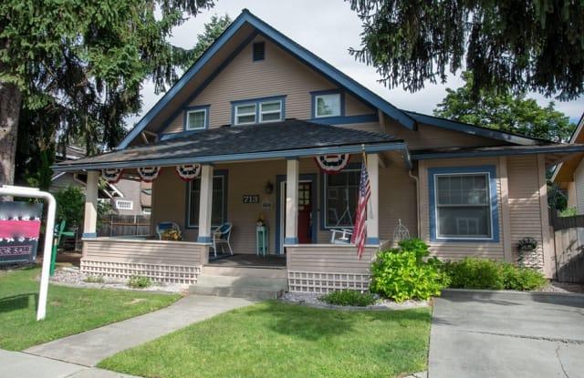 713 West Woodland Drive - 713 West Woodland Drive, Coeur d'Alene, ID 83814
