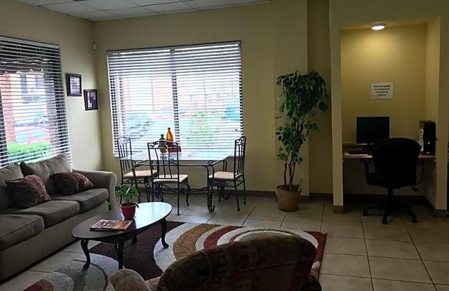 Cottonwood Apartments - 4653 Cotton Dr, Memphis, TN 38118