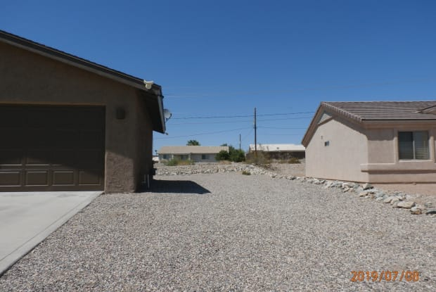 2475 San Juan Dr - 2475 San Juan Drive, Lake Havasu City, AZ 86403