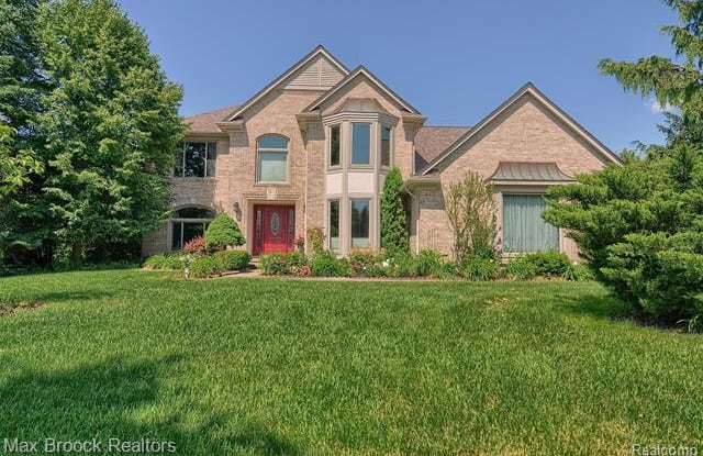 6828 MEADOW Court - 6828 Meadow Court, Troy, MI 48098