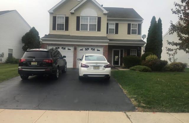 10 SANDSTONE - 10 Sandstone Road, Mercer County, NJ 08520