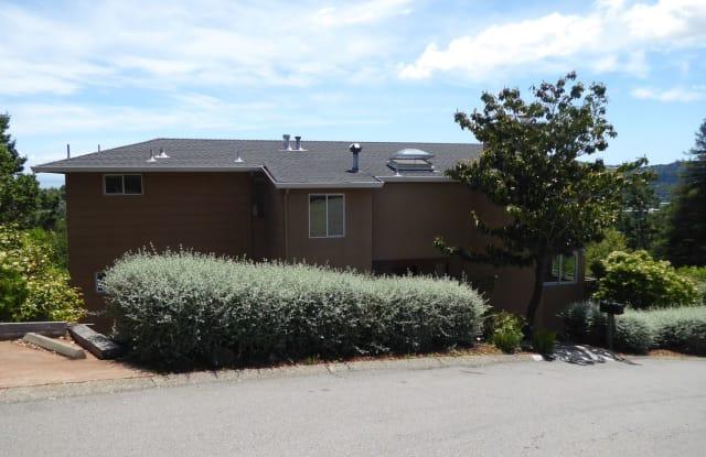320 Vista Grande - 320 Vista Grande, Kentfield, CA 94904