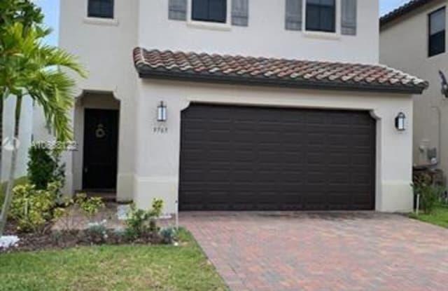 9765 W 34th Ct - 9765 West 34th Court, Hialeah, FL 33018