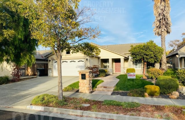 1633 Highland Circle - 1633 Highland Circle, Fairfield, CA 94534