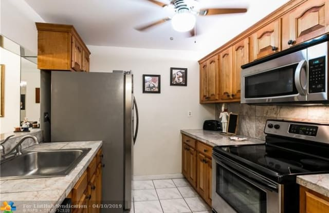 4276 NW 89th Ave - 4276 Northwest 89th Avenue, Coral Springs, FL 33065