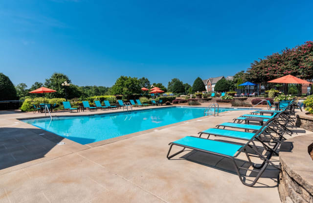 The Weathersby Apartments - 8415 University Station Cir, Charlotte, NC 28269