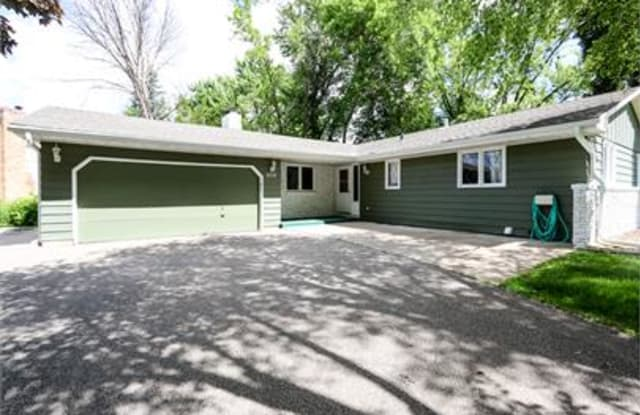 2512 Hayes Drive - 2512 Hayes Drive, Burnsville, MN 55337