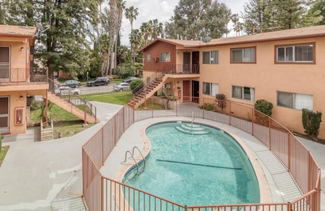 6521 Shirley Ave - 6521 Shirley Avenue, Los Angeles, CA 91335