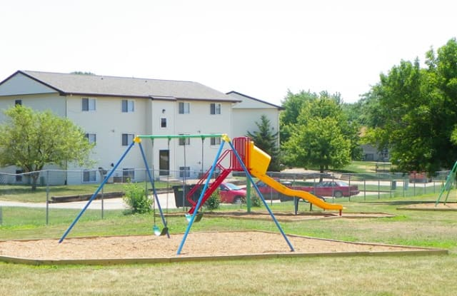 Lincoln Square - 1700 N School St, Normal, IL 61761