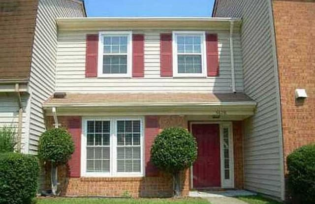 5628 Campus DR - 5628 Campus Drive, Virginia Beach, VA 23462