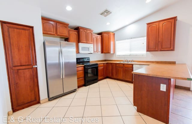 5636 S. 9th Ave - 5636 South 9th Avenue, Phoenix, AZ 85041