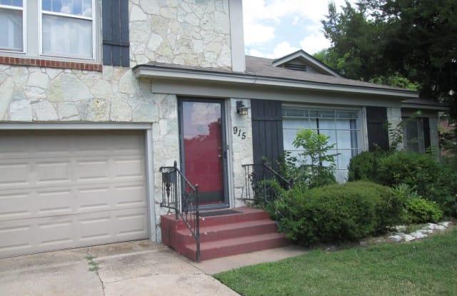 915 Miller Ave - 915 Miller Avenue, Norman, OK 73071