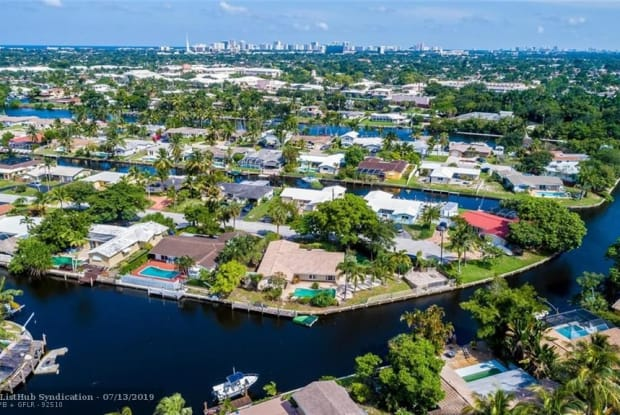 521 SW 18th St - 521 Southwest 18th Street, Pompano Beach, FL 33060