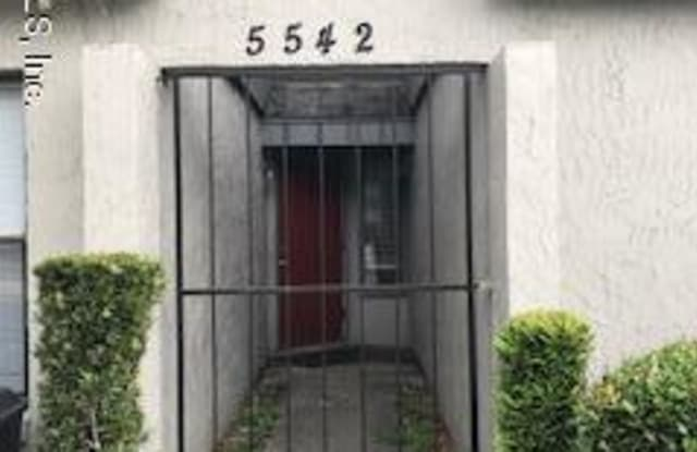 5542 PINE HILL LN - 5542 Pinehill Ln, Jacksonville, FL 32244