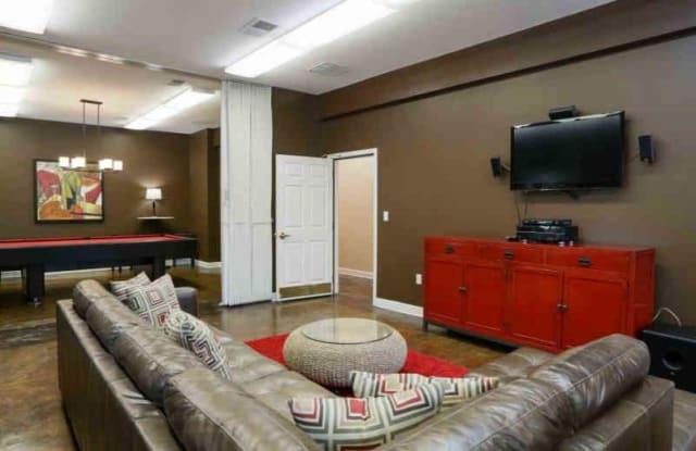 Uptown Square Apartments - 252 N Lauderdale St, Memphis, TN 38105