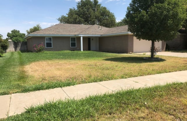 6826 Rochelle Ln. - 6826 Rochelle Lane, Amarillo, TX 79109