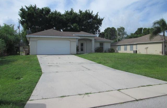 1428 SW 29th ST - 1428 Southwest 29th Street, Cape Coral, FL 33914