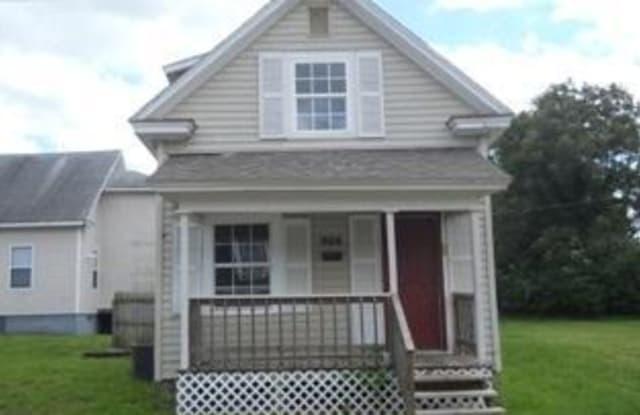 908 West Harrison Street - 908 West Harrison Street, Springfield, MO 65806