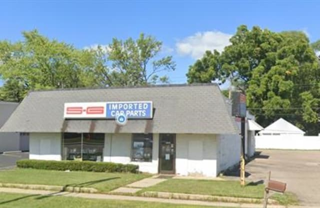 2580 Dixie Hwy - 2580 Dixie Highway, Waterford, MI 48328