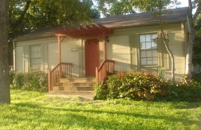 819 E 31st Street - 819 East 31st Street, Austin, TX 78705