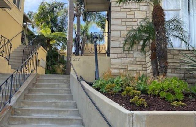 217 Quincy Ave Apt # 3 - 217 Quincy Avenue, Long Beach, CA 90803