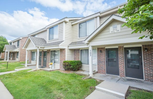 Berkshire Apartments - 8820 W Westlawn St, Wichita, KS 67212