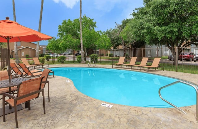 La Residencia Apartments - 2454 E Price Rd, Brownsville, TX 78521