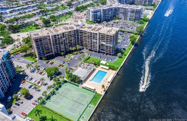 800 Parkview Dr - 800 Parkview Drive, Hallandale Beach, FL 33009