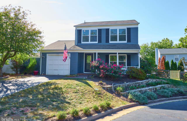 13513 COATES LN - 13513 Coates Lane, Franklin Farm, VA 20171