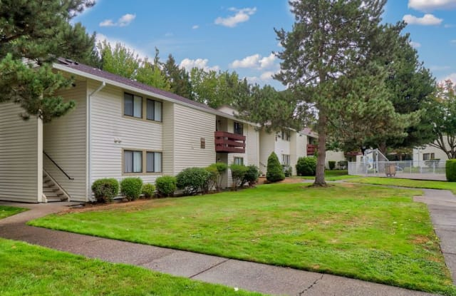 Foothills - 4114 Southeast 174th Avenue, Portland, OR 97236
