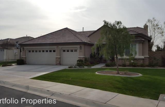 5302 HARTNETT CT - 5302 Hartnett Ct, Bakersfield, CA 93306