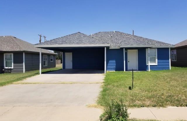 809 E Ute Avenue - 809 Ute Ave, Lubbock, TX 79403