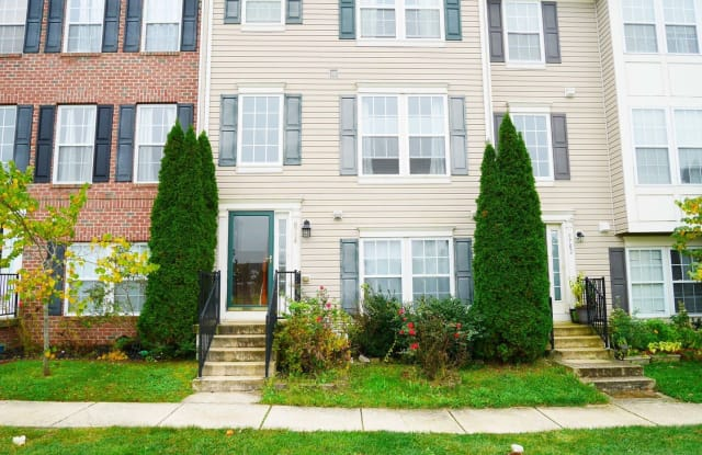 9704 Leah Way - 9704 Leah Way, Middle River, MD 21220
