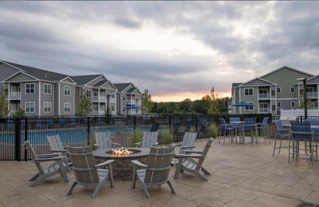 Trail Run Apartments - 2 Trail Run, Tolland County, CT 06066