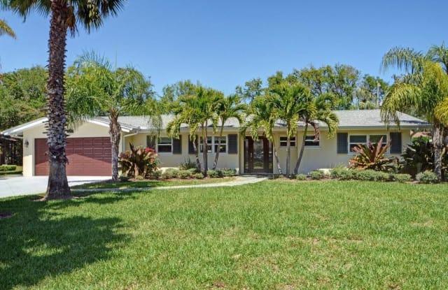 715 Iris Lane - 715 Iris Lane, Vero Beach, FL 32963