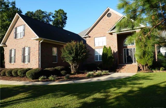 507 Horncastle Court - 507 Horncastle Court, Fayetteville, NC 28311