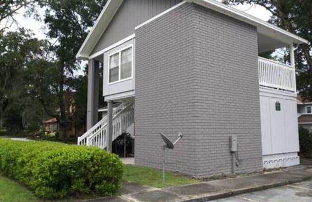 Kings Tree - 1800 Kingsley Ave, Orange Park, FL 32073