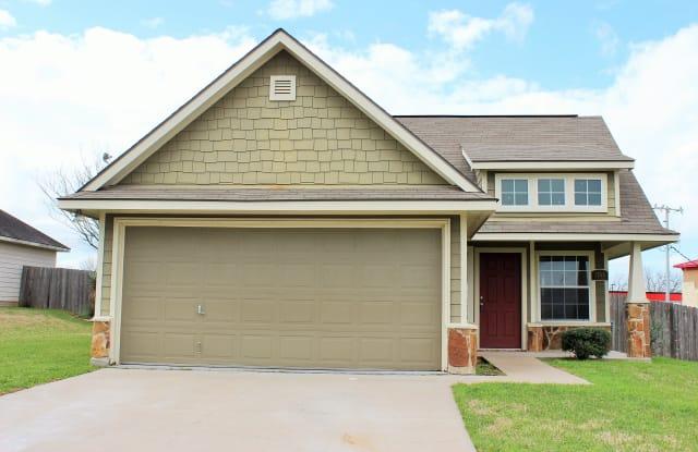 1703 Weaver Street - 1703 Weaver St, Brenham, TX 77833