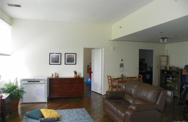 44 Johnes Street - 44 Johnes Street, Newburgh, NY 12550