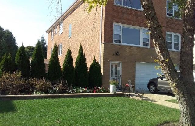 3309 West Columbia Avenue - 3309 West Columbia Avenue, Lincolnwood, IL 60712
