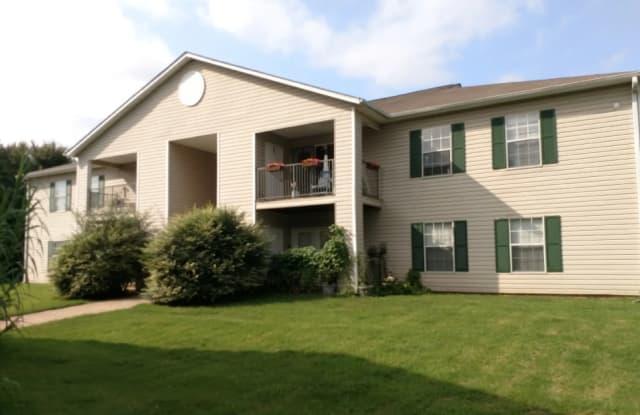 Park Village - 918 Rocky Mount Rd, Athens, TN 37303